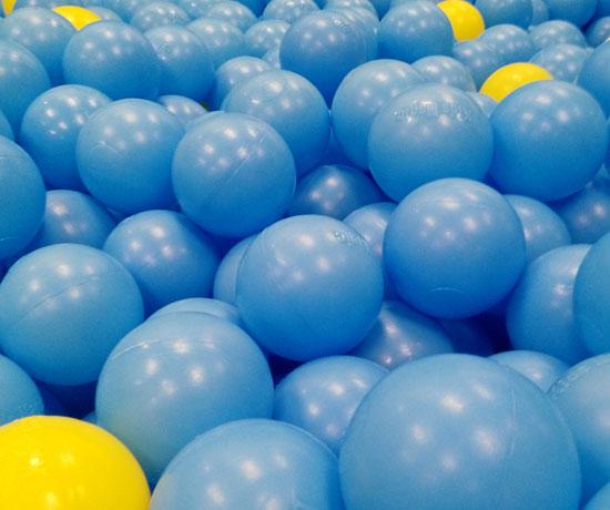 蓝色海洋球
