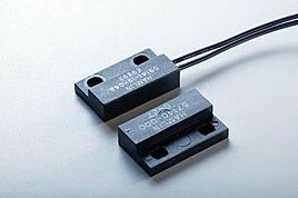 59141 小型法兰安装式传感器