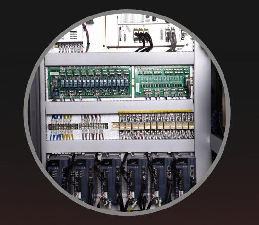 电箱内部结构