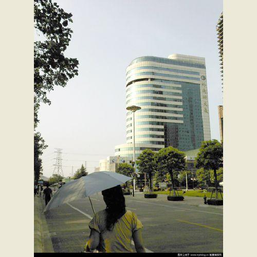 上海外高桥商务大厦