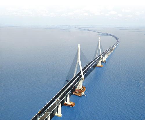 东海大桥浅海及陆上段施工控制测量