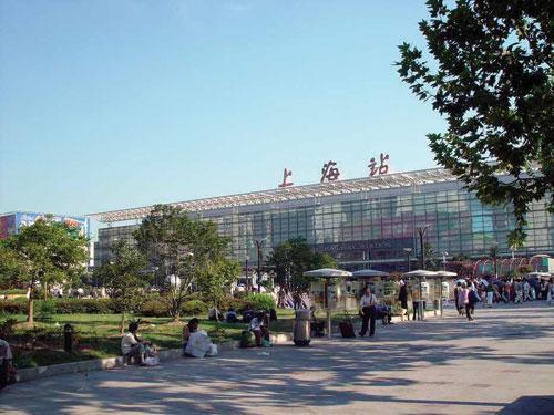 铁路上海站北广场综合交通枢纽主体工程施工监测