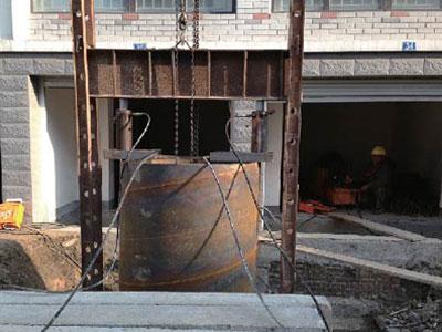 超深沉井采用大直径钢管沉井纠偏