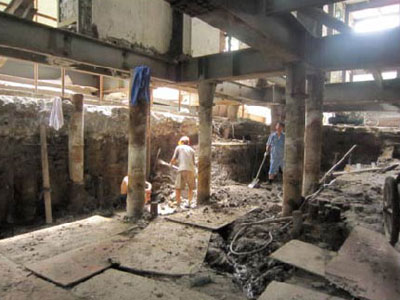 元芳路某工程下挖游泳池改造工程托换加固(4.5m深基坑)