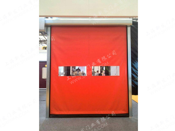 Zipper high speed door