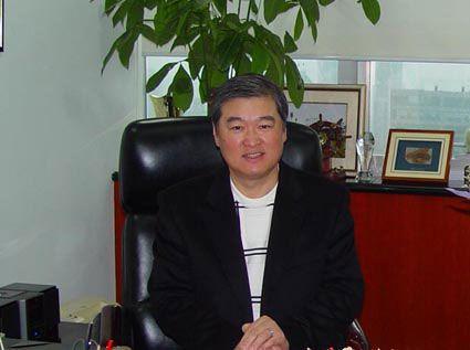 董事长总经理陈世春