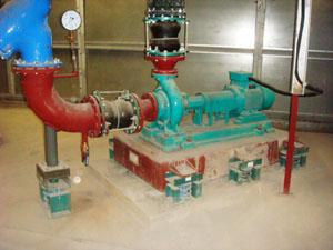 水泵使用BT3减振器及双球体橡胶挠性接管