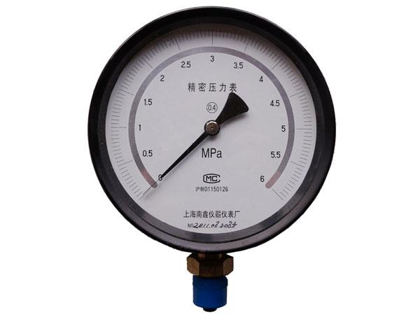 YB-150AZT精密压力表