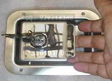船用游艇房车不锈钢带拉手工具箱锁,箱柜锁,平面型挖手锁,车门锁(编号D0001)