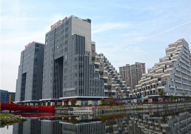 苏州花桥商务高层(绿地集团项目) 2010年8月 11万㎡