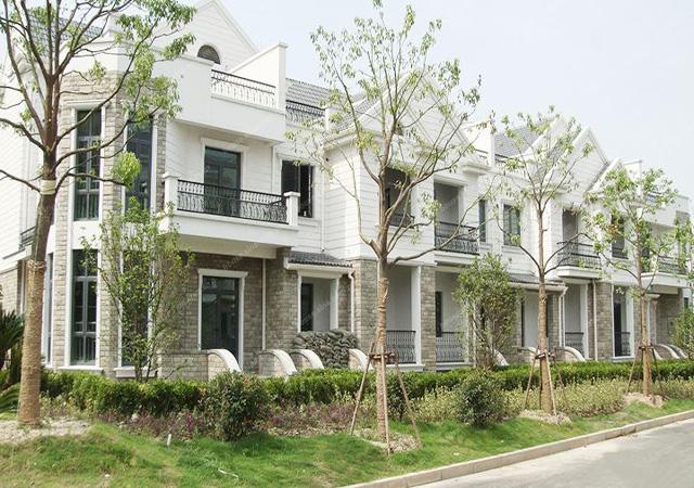 上海浦发博园 08年3-10月 4万㎡ 挤塑聚苯板外墙外保温涂料饰面系统