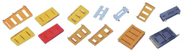 上海通世电器有限公司系国内最早从事小母线产品研究、开发和生产的专业制商。十多年来,公司开发的专利产品:DYP系列多用接线排(专利号:ZL94239561.1),ZMX系列组合式母线排(专利号:ZL96213363.9),JTS2多用途分线端子(专利号:ZL98247216.1)等数十个新产品,系专为各类低压电控设备、成套装置而度身定做的。产品结构新颖独特;接线牢固可靠;组合灵活方便。产品的问世填补了国内空白。一经推出深受国内外用户的欢迎,并且被广泛采用在全国众多重点工程项目中。实为电控伙伴,电工福音。通世
